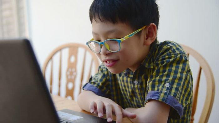 การเรียนรู้ภาษาอังกฤษออนไลน์